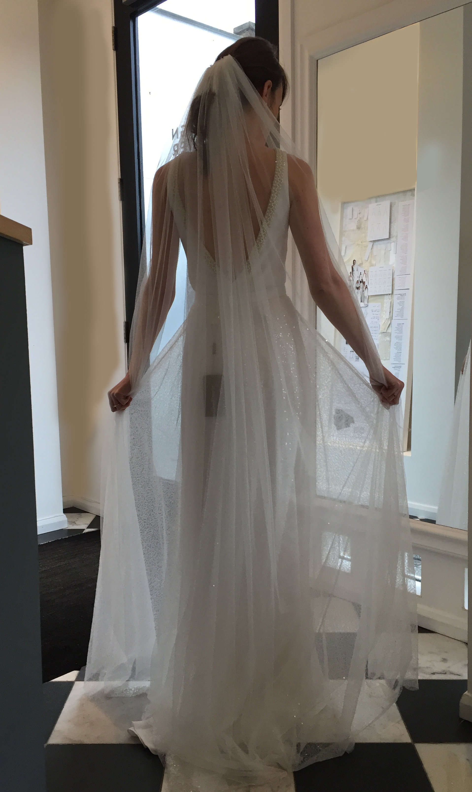 Long one tier bridal veil